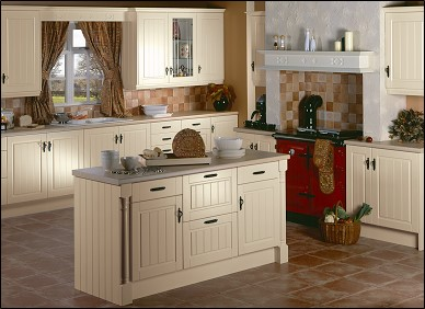 Avondale Ivory Kitchen. Award Bedrooms and Kitchens, Walkinstown, Dublin Suppliers of fitted kithens, kitchen cabinets, kitchen designs, kitchen prices, fitted bedrooms.