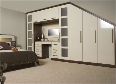 Cream Gloss Bedroom. Award Bedrooms and Kitchens, Walkinstown, Dublin Suppliers of fitted kithens, kitchen cabinets, kitchen designs, kitchen prices, fitted bedrooms.